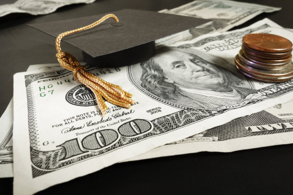Top 5 Credit Card Mistakes Recent College Grads Make